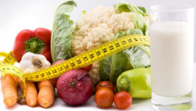 natural weight loss1 390x220 - برای لاغری چی بخوریم؟ 35 غذای رژیمی برای لاغر شدن سریع