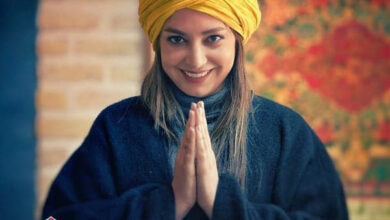 صمدی 390x220 - بیوگرافی شیرین صمدی مجری با ناگفته ها و کشف حجاب