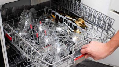 Dishwasher Buying Guide 5 390x220 - راهنمای خرید ماشین ظرفشویی خوب و کارآمد در برندهای متنوع