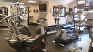 gym equipment 390x220 - بهترین دستگاه ورزشی خانگی   لاغری در منزل با برترین وسایل ورزشی