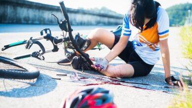 دوچرخه و خونریزی 390x220 - 🤕 تعبیر خواب زخم و جراحت از نظر معبران معروف و موضوعات مختلف